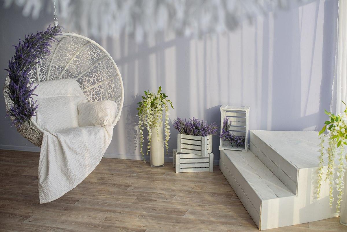 Фотостудии с винтажными креслами тронами спб